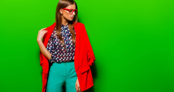 19c411c66 A maioria das pessoas tem dúvidas na hora de se vestir, principalmente  quando o assunto envolve como combinar cores de roupas e sapatos.